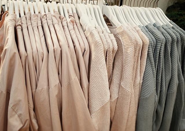 Oděv na ramínkách