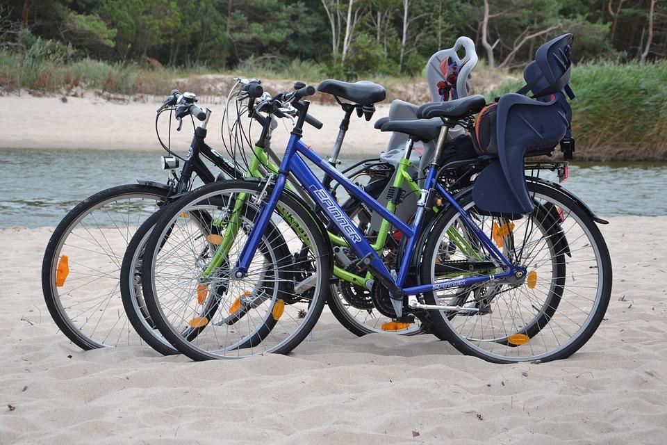 kola na pláži